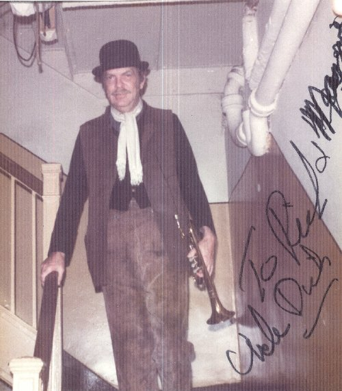 perry dick Richard eugene dick hickock (june 6, 1931 – april 14 along with perry edward smith, hickock took part in the burglary of the clutter family farmhouse.
